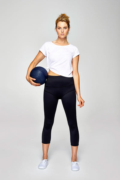 svvet black ankle crop leggings front view