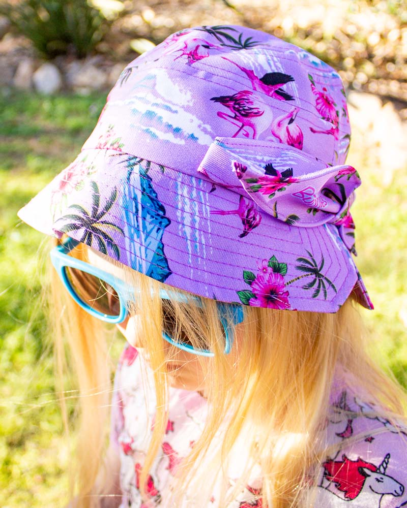 Six Bunnies Fancy Flamingos Bucket Hat