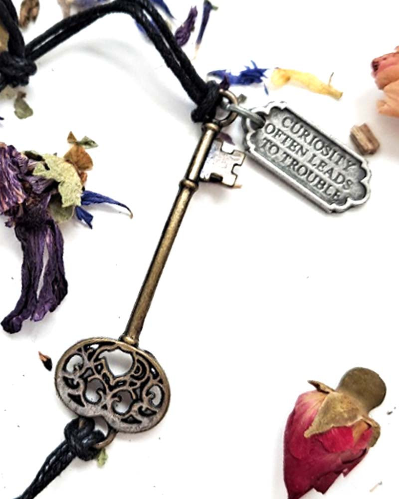 Alice In Wonderland Curiosity Key Bracelet