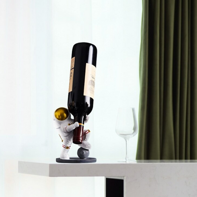 HomeQuill™ Astronaut Wine Holder