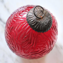 Load image into Gallery viewer, Red Etched Glass Ball Ornament (Large) - La Porte Bonheur