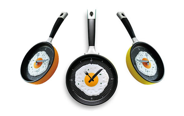 Unique creative wall clocks Fry Pan
