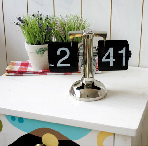 "7"" Retro Flip Clock Bell Scale 