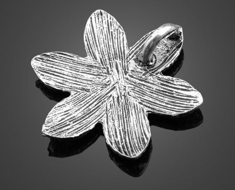 Antiqued Silver Pendant | Large Daisy Charm - Lot of 12pcs - 1PROY Driftwood & Healing Stones