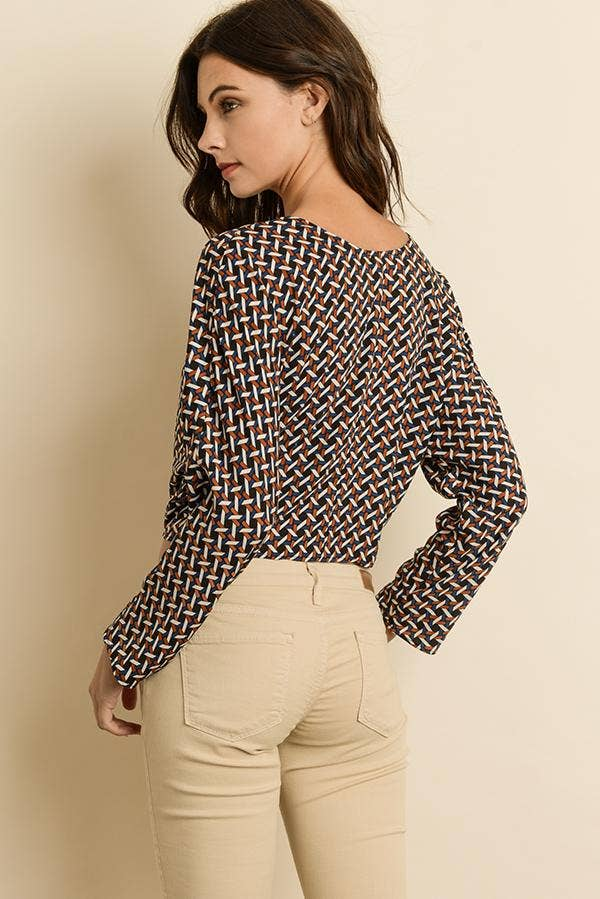 Goemetric Knot-Front Blouse
