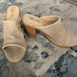 Meadow | Funky Perforated Wedge