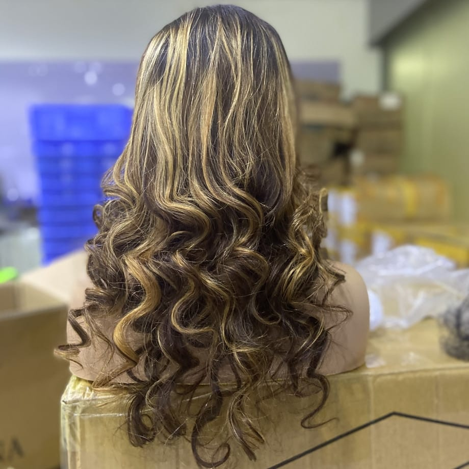 Body Wave Lace Front Honey Blonde Highlight 30 Inch Full HD