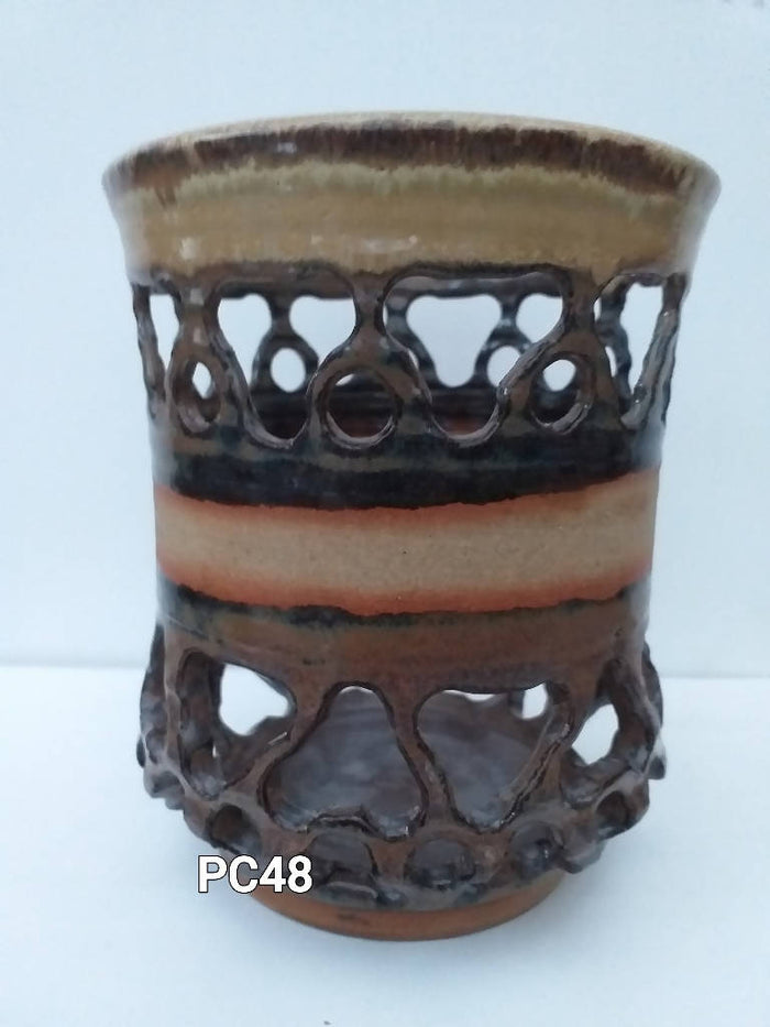 PC48 - Medium Fretted Pots