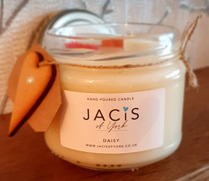 300ml Hand poured Jar Candle - Daisy