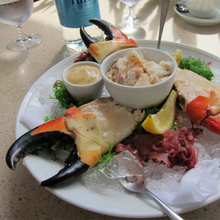 Load image into Gallery viewer, Ready to Serve Colossal Stone Crab Claw