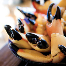 Load image into Gallery viewer, Medium Stone Crab Claws