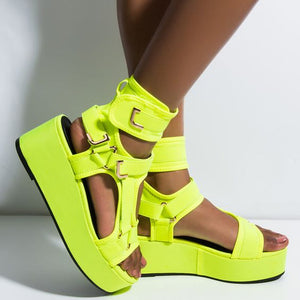 LEVEL UP FLATFORM SANDAL