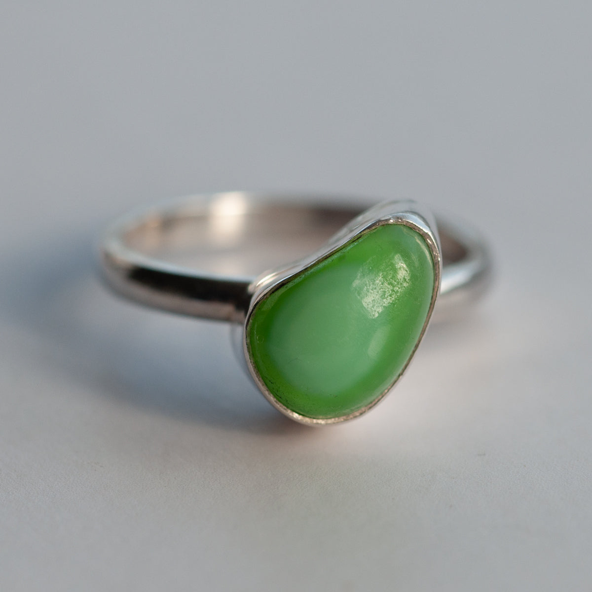 Milk Sea Glass Pebble Shaped Ring - Slim Band