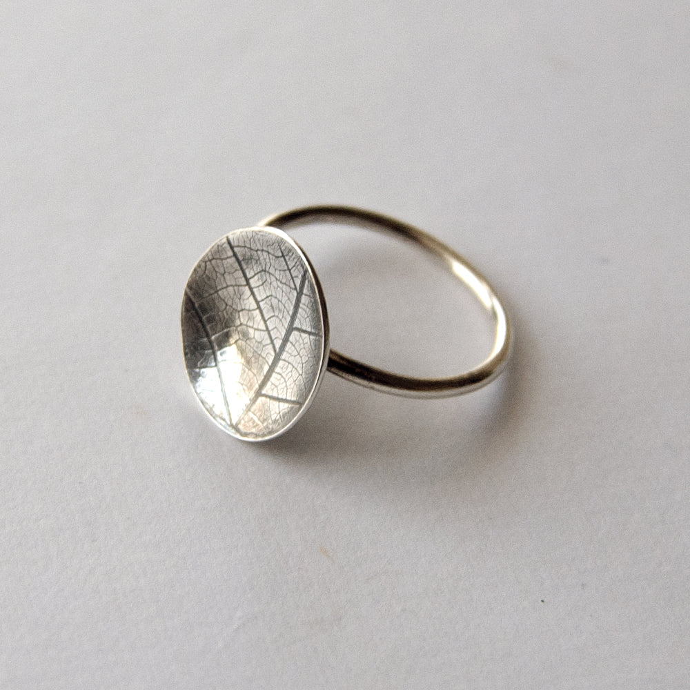Skeleton Leaf Design Ring