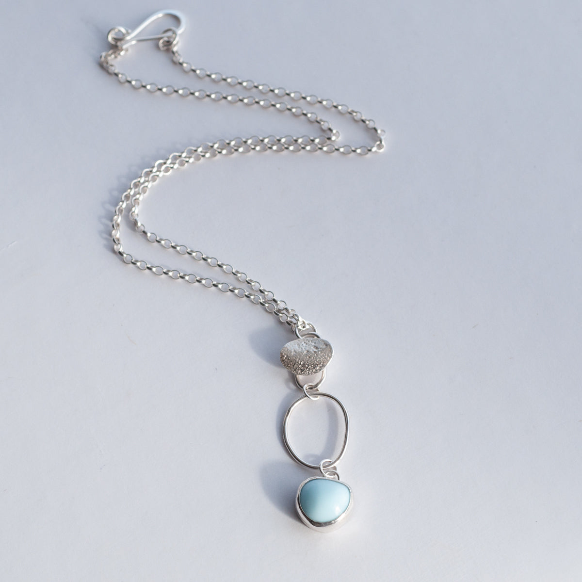 Short  Pebble Trio necklace