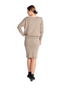 Inari Women's brown cashmere O-neck sweater - back side - 100% high-quality cashmere - Inari-clothing.fi