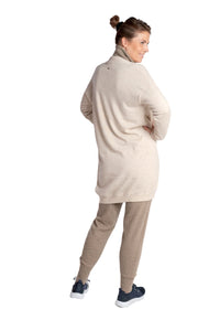 Inari Women's beige cashmere cardigan - back side - 100% high-quality cashmere - Inari-clothing.fi