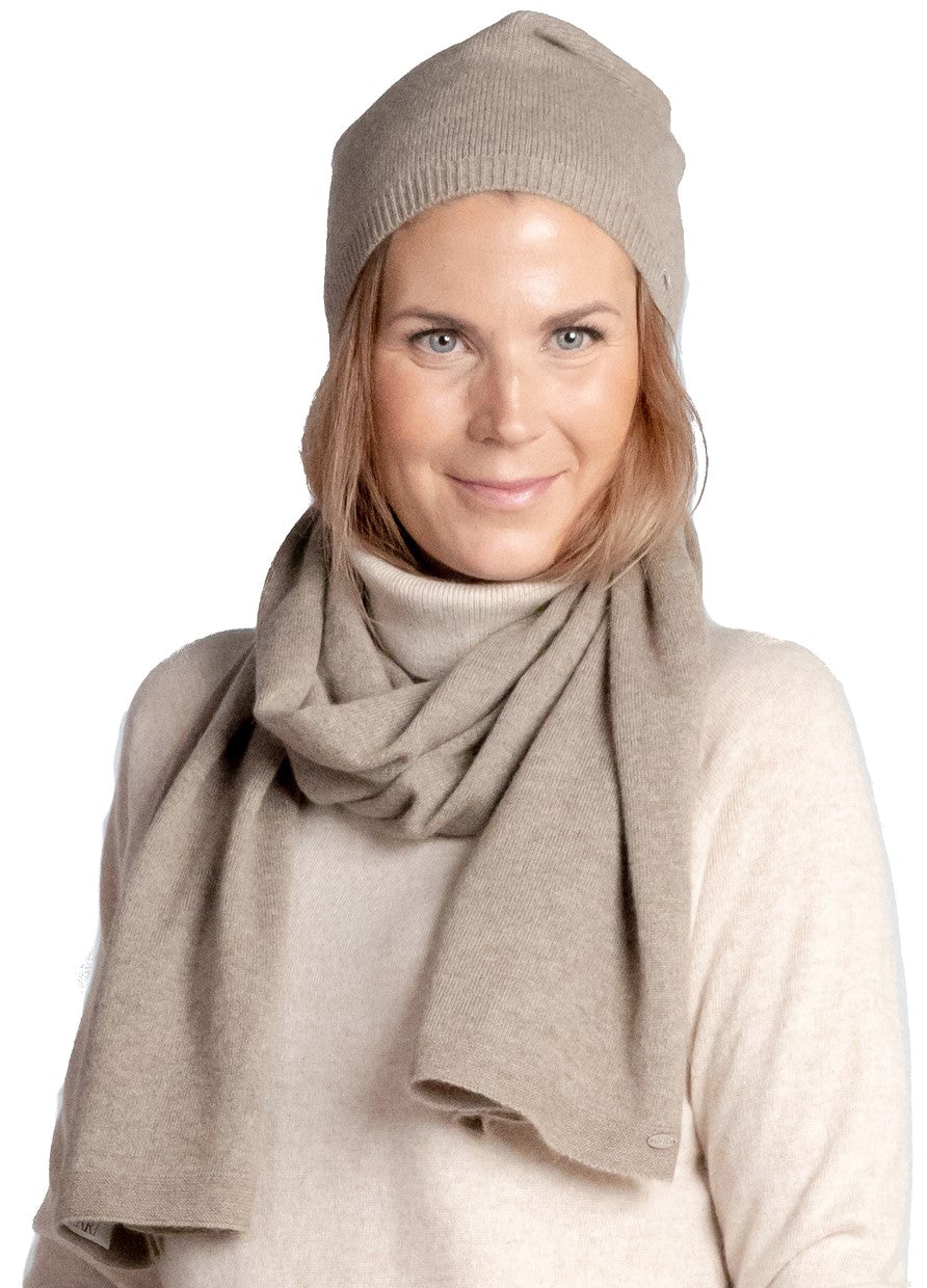 Inari Women's brown cashmere scarf - 100% high-quality cashmere - Inari-clothing.fi