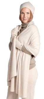 Load image into Gallery viewer, Inari Women's beige cashmere scarf / shawl - 100% high-quality cashmere - Inari-clothing.fi