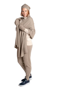 Inari Women's brown cashmere scarf / shawl - 100% high-quality cashmere - Inari-clothing.fi