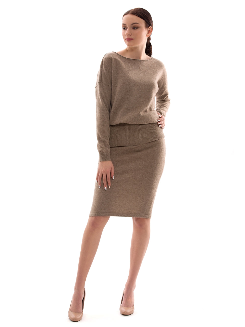Inari Women's brown cashmere skirt - front side - 100% high-quality cashmere - Inari-clothing.fi