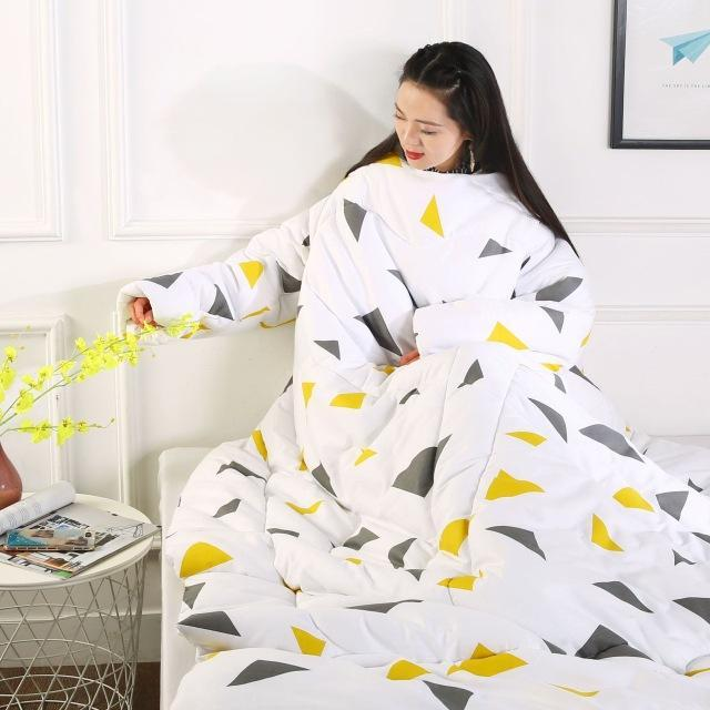Winter Lazy Quilt With Sleeves AmericanGalore Triangle