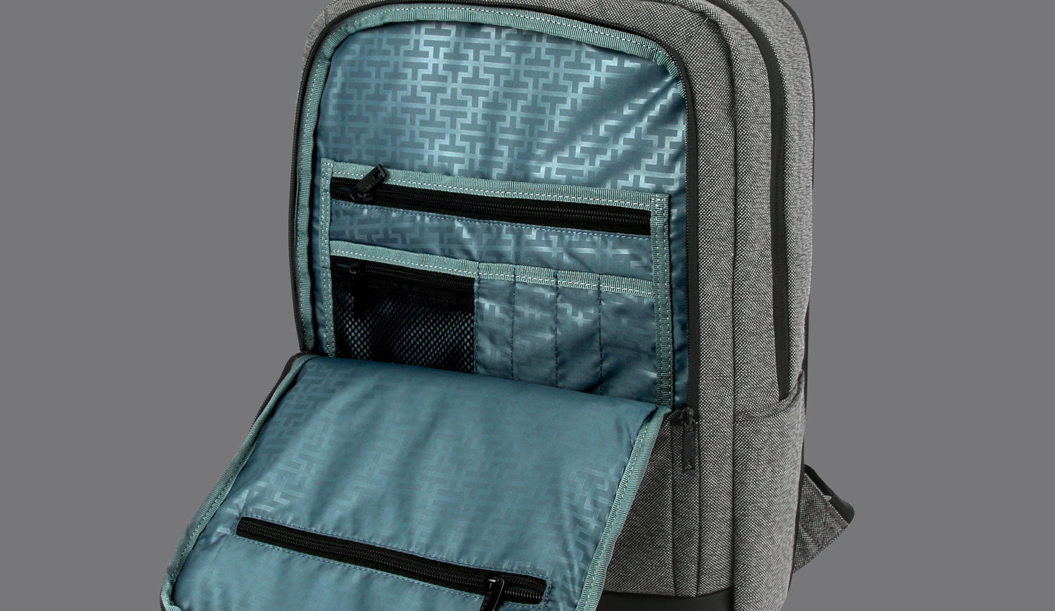 SLIM DESIGN WITH MULTIPLE UTILITY POCKETS AND ORGANIZERS