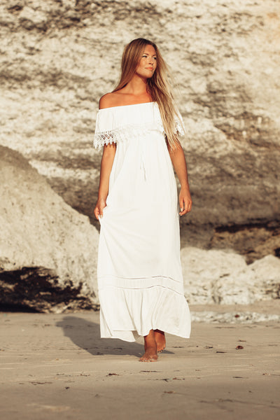 Maddalene Off shoulder Maxi - White