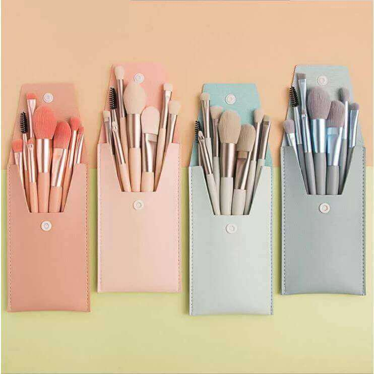 Cosmetic SA Fashion Travel Brushes with Bag  - Light Green