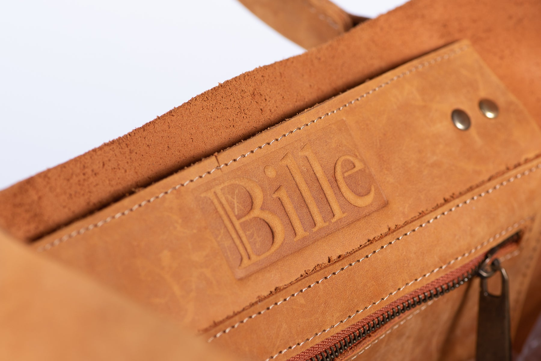 Beautiful leather with Bille logo