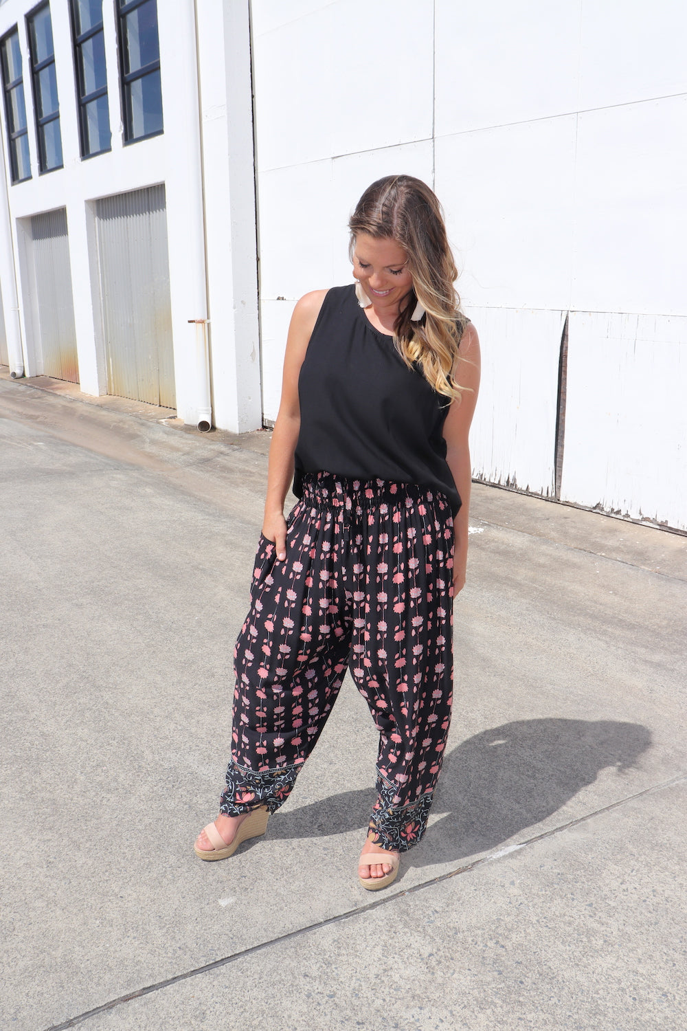 RO Easy Pant In Garland
