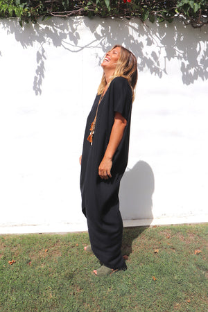 RO Island Holiday Dress In Black