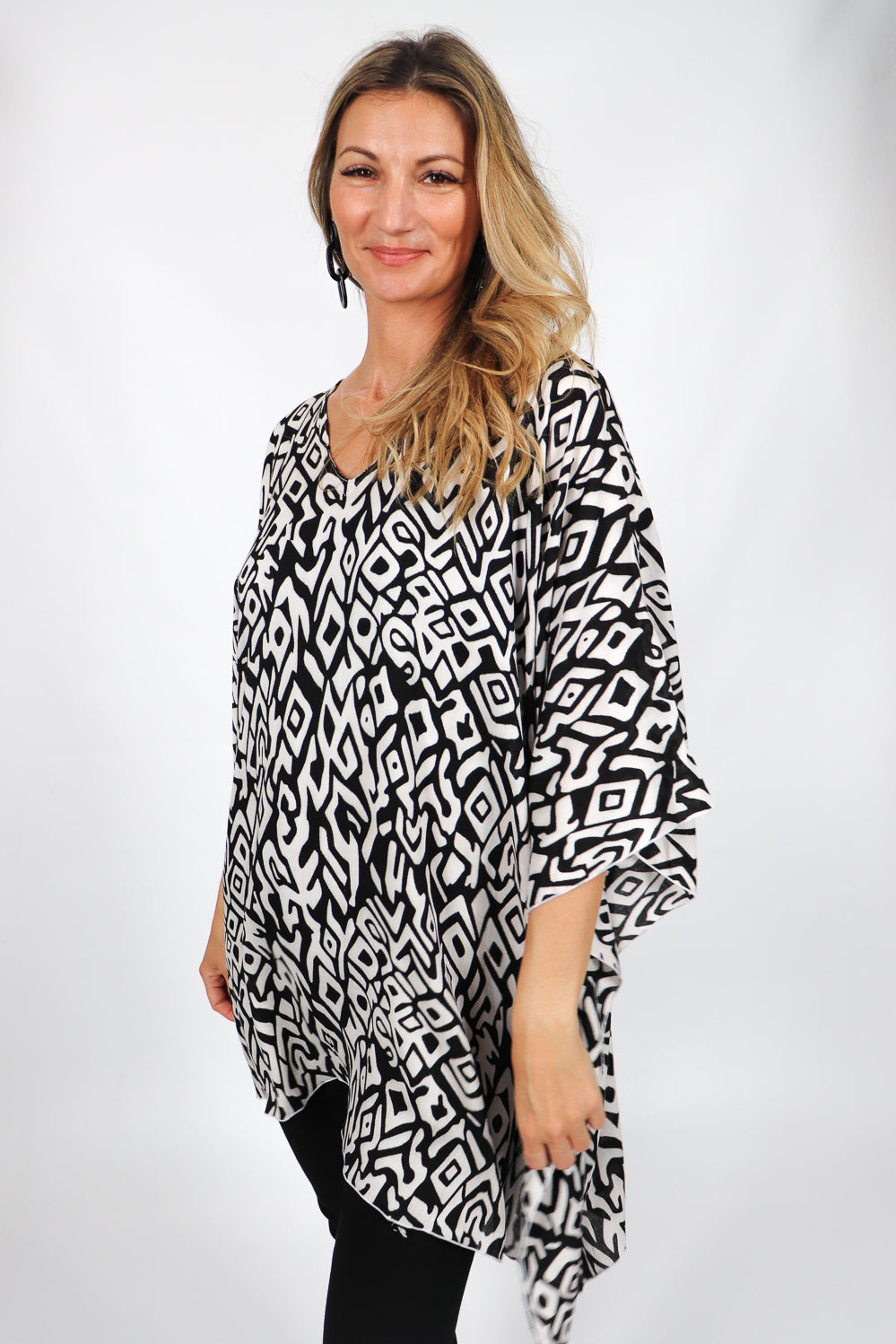 Short Tunic - Black & White