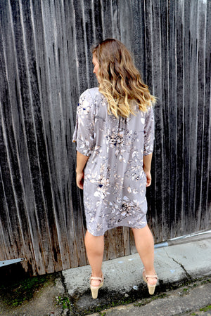 Getaway Short Sleeve Short Dress In Taupe Flower