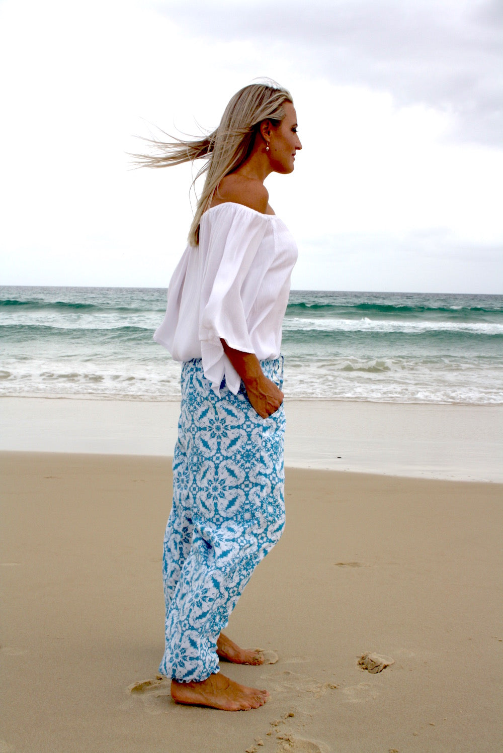Perfect Travel Elastic Long Pant In Baby Blue Mosiac