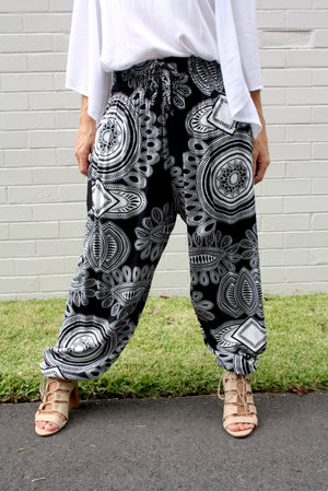 Harem Elastic Long Pant in B & W Spectacular