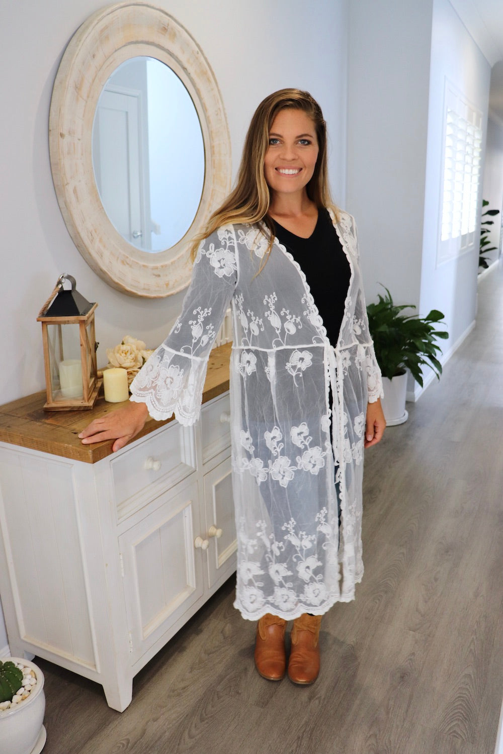 Angelica Long Lace Cape in White