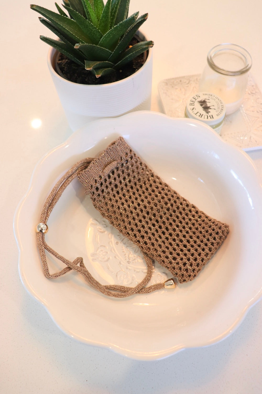 Crochet Water Bottle Bag In Taupe