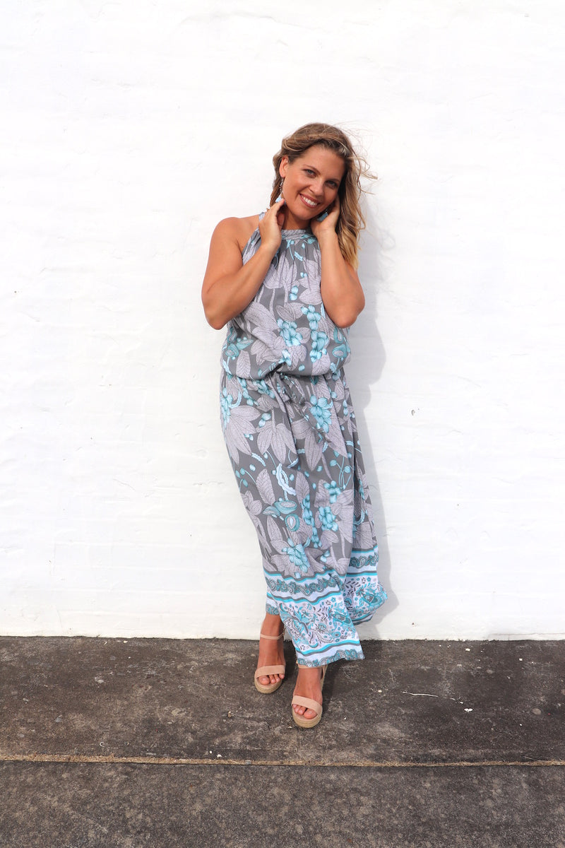 RO Off to Hawaii Halter Maxi Dress In Ocean Vine