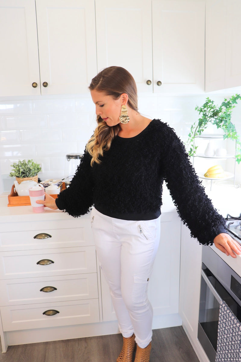 Ruffles in Black Short Sweater