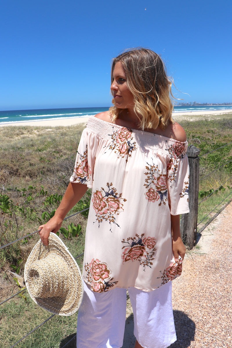 Luna Off the Shoulders Top In Apricot Flowers