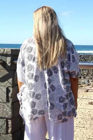 Short Tunic Black And White Flower