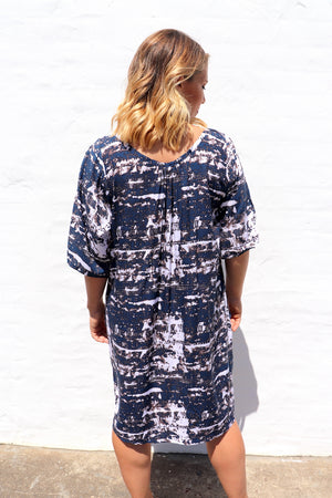 Getaway Short Sleeve Short Dress In Blue Marble