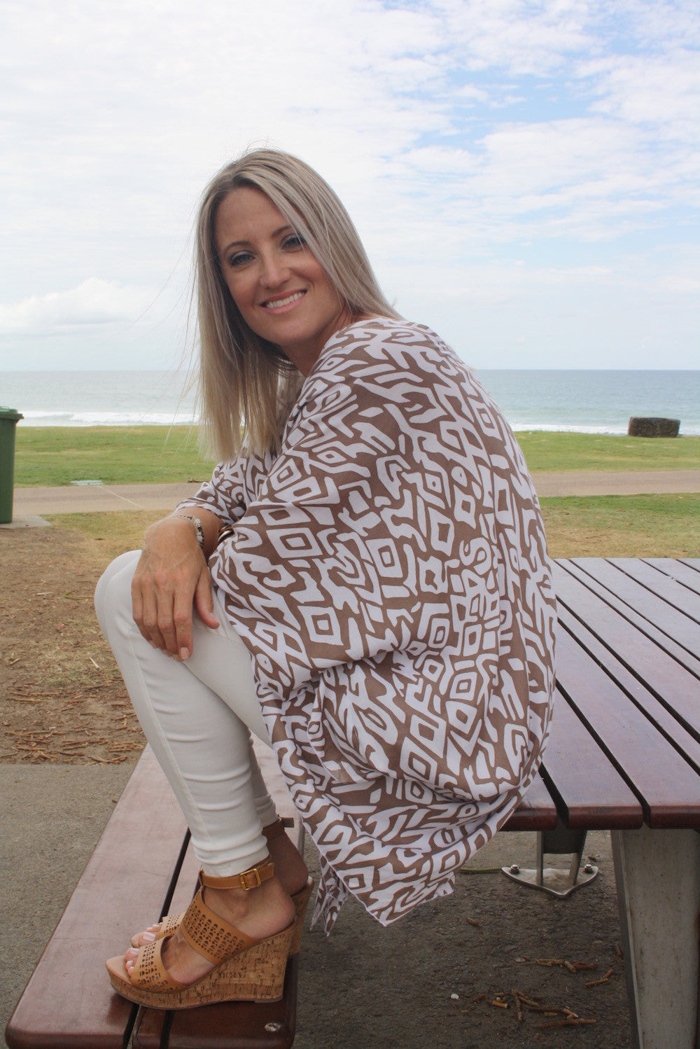 Short Tunic - Taupe & White