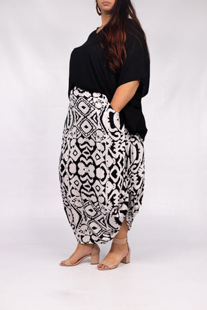 RO Ruched Long Maxi Skirt In Amazon