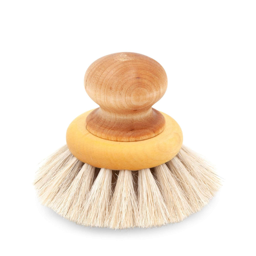 Iris Hantverk Brushes Iris Hantverk Round Dish Brush With Knob In Oil Treated Maple Knob And Birch Horsehair Bristles