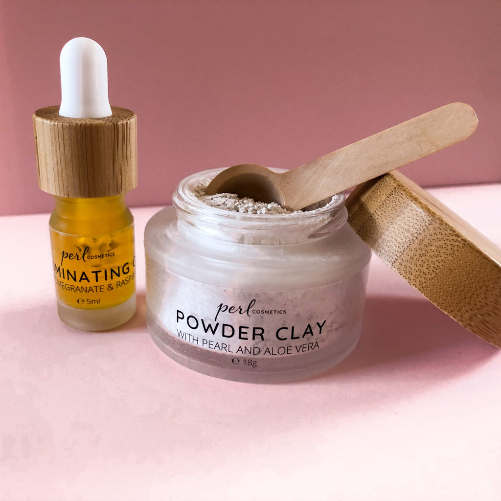 PERL Powder Clay Face Mask with illumination oil and wooden spoon