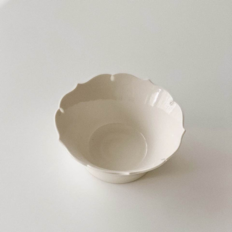 Flower Pickle Bowl by Park Ji-young