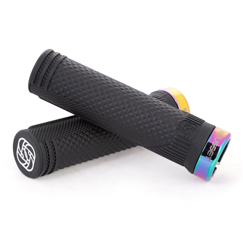 Gusset S2 X-soft Lock-on Grips, Black and oil slick