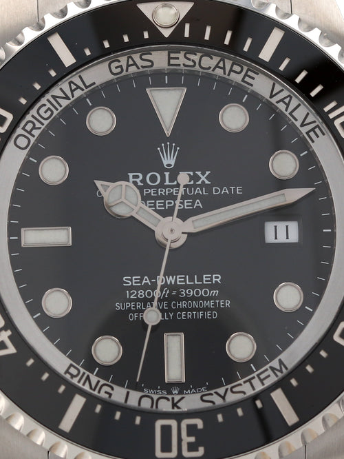 35656: Rolex DeepSea Sea-Dweller, Ref. 126660, 2020 Unworn Full Set